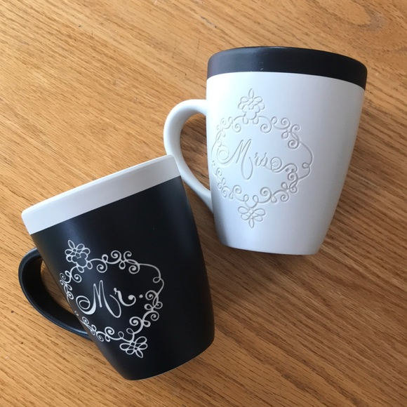 NWT Mickey Mouse Mr. and Mrs. Mugs